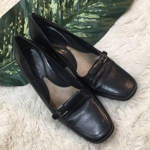 COLE HAAN black leather heel, 9.5